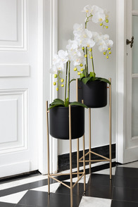 Flowerpot Holder On Base Metal